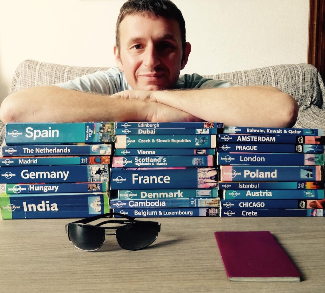 Leighton Thomas travel blogger, English teacher, former music & film journalist