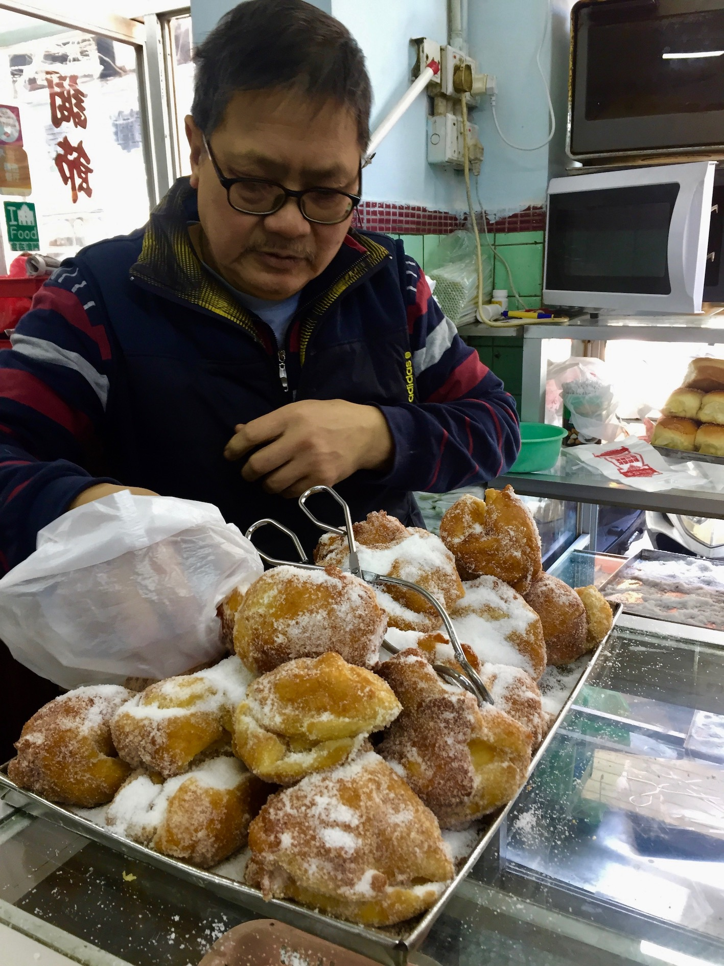 Sugared donuts Nam Peng Cafe macau