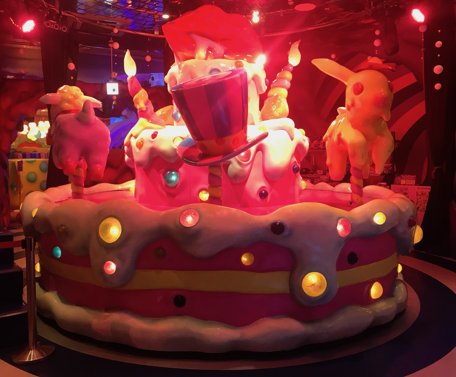 Sweets go round performance stage Kawaii Monster Cafe Tokyo