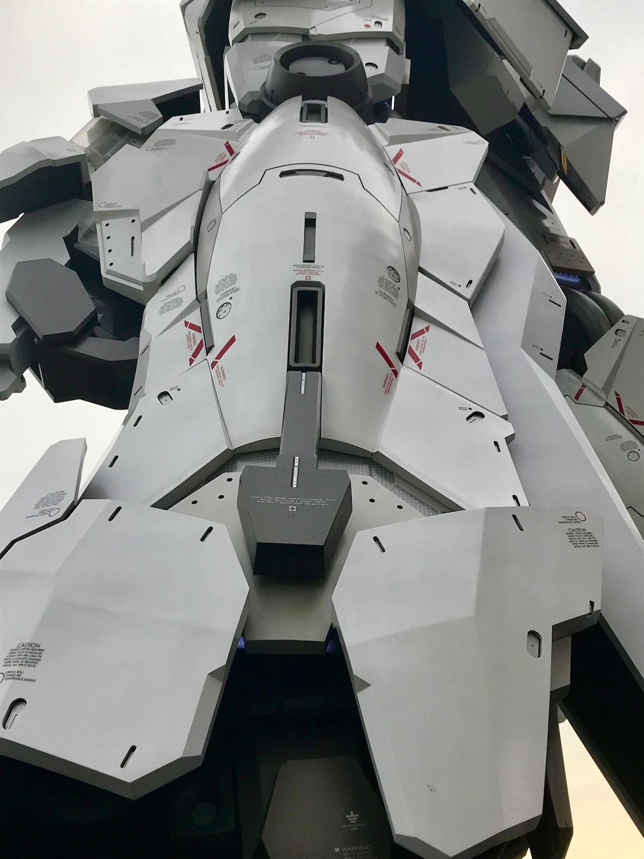 Unicorn Gundam Statue leg Odaiba Island Tokyo