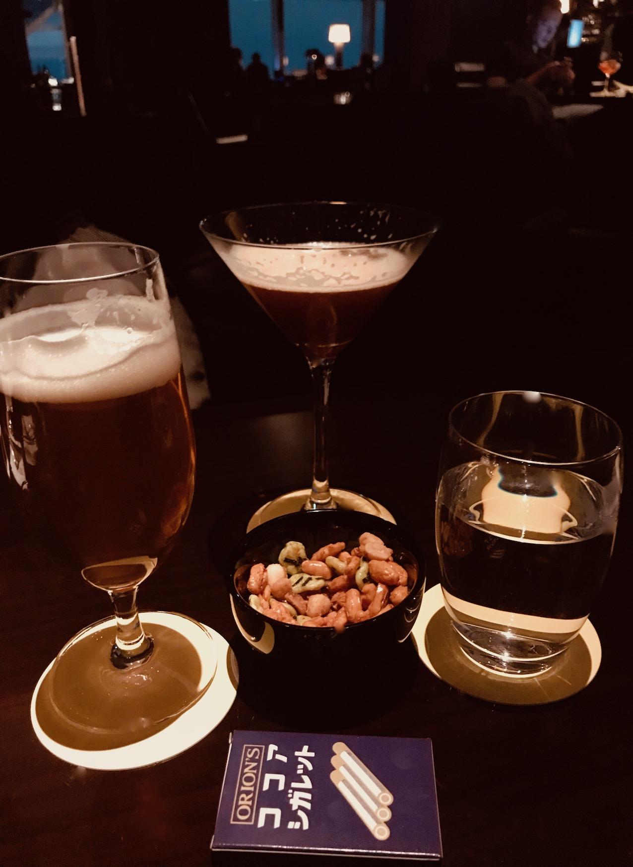 Drinks at The New York Bar Park Hyatt Tokyo