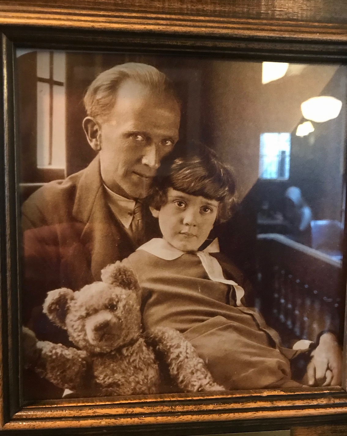 Framed photo of A.A. Milne and Christopher Robin The Eagle Pub Cambridge.
