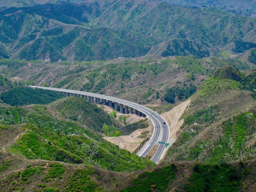 Hike The Great Wall of China Jinshanling to Simatai.