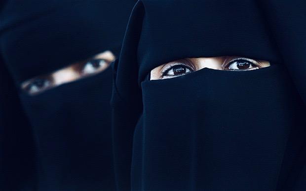 Black burkas Doha Qatar.