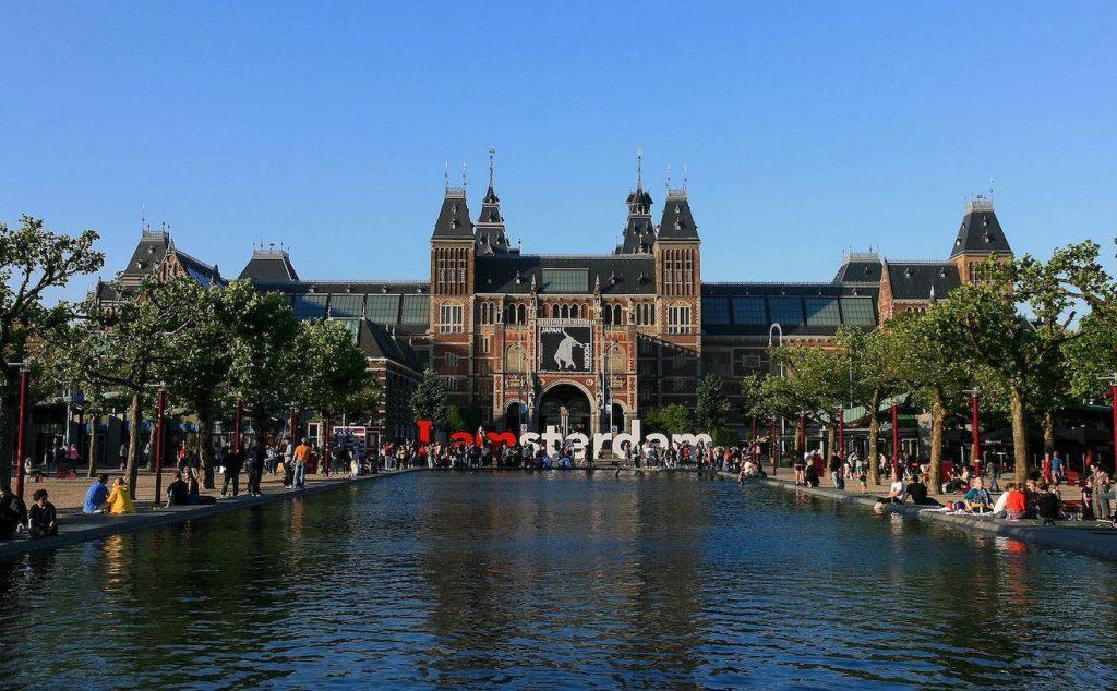 Visit the Rijskmuseum Amsterdam.