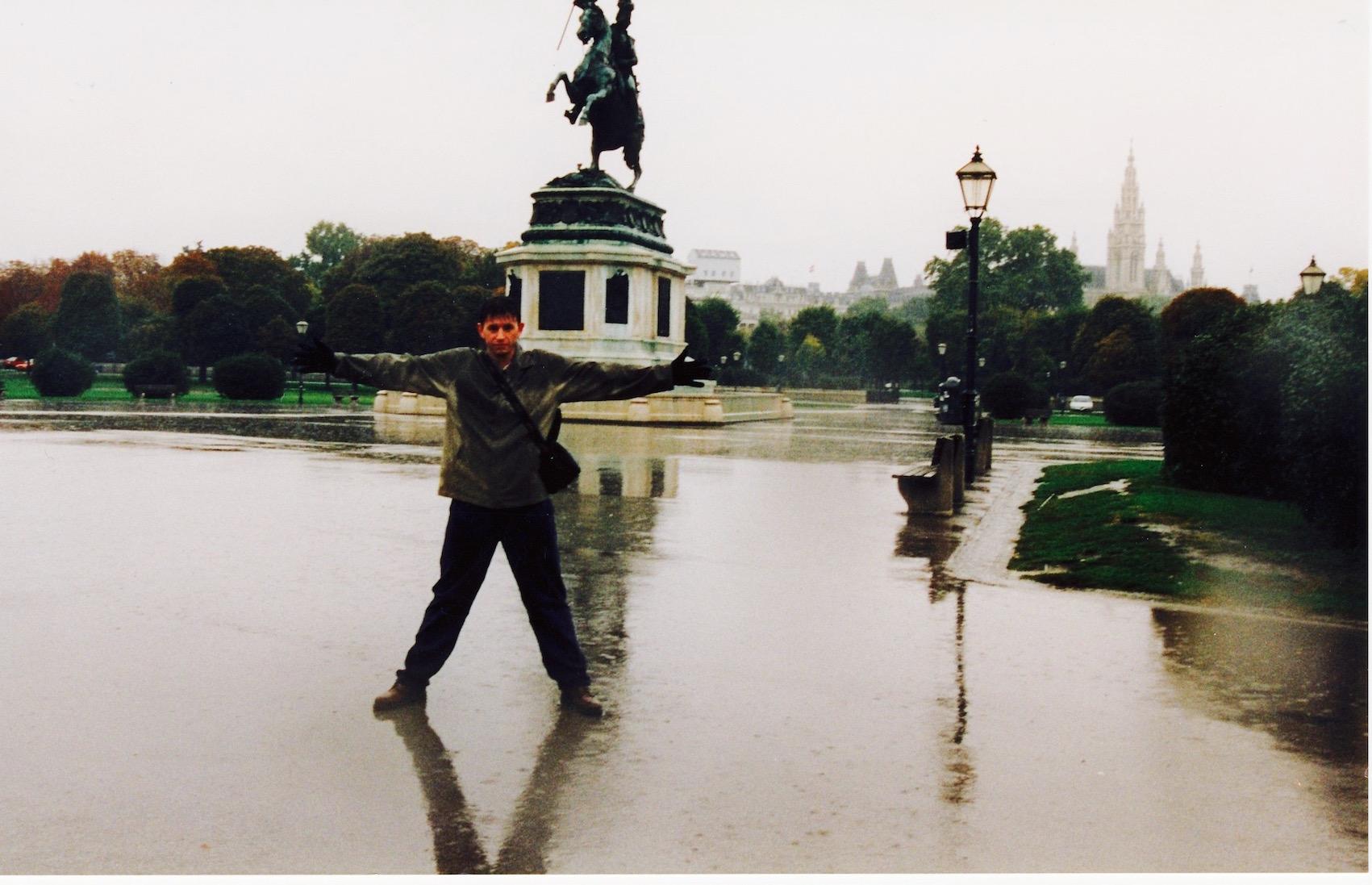 heldenplatz-vienna-rainy-day