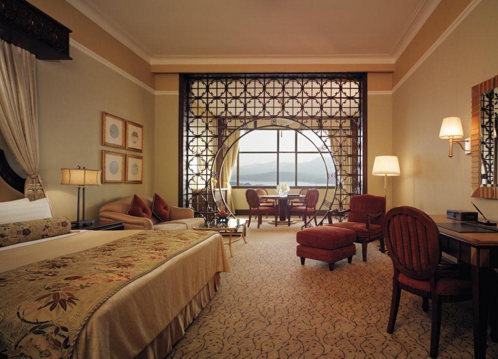 East Wing Premier Room Shangri-La Hotel Hangzhou