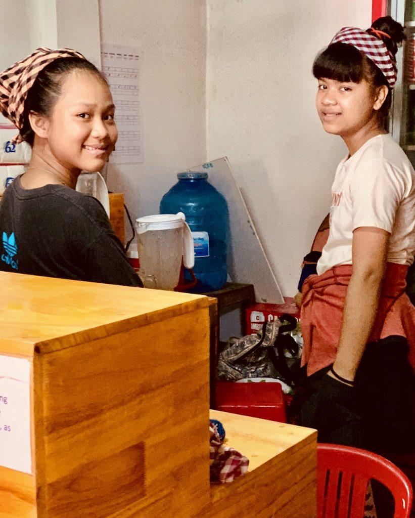 Waitresses Tevy's Place Siem Reap