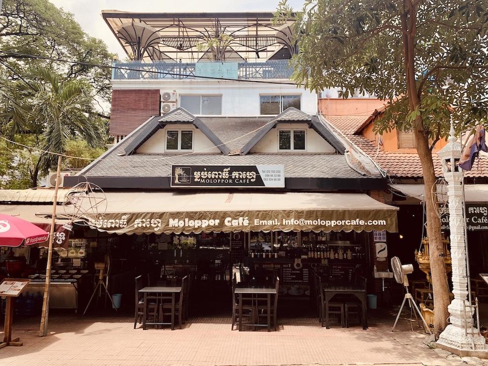 Moloppor Cafe Siem Reap.
