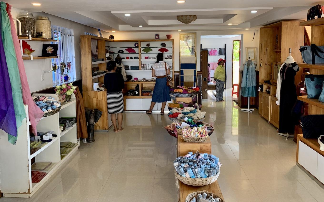 Samatoa Lotus Textiles Boutique Siem Reap.