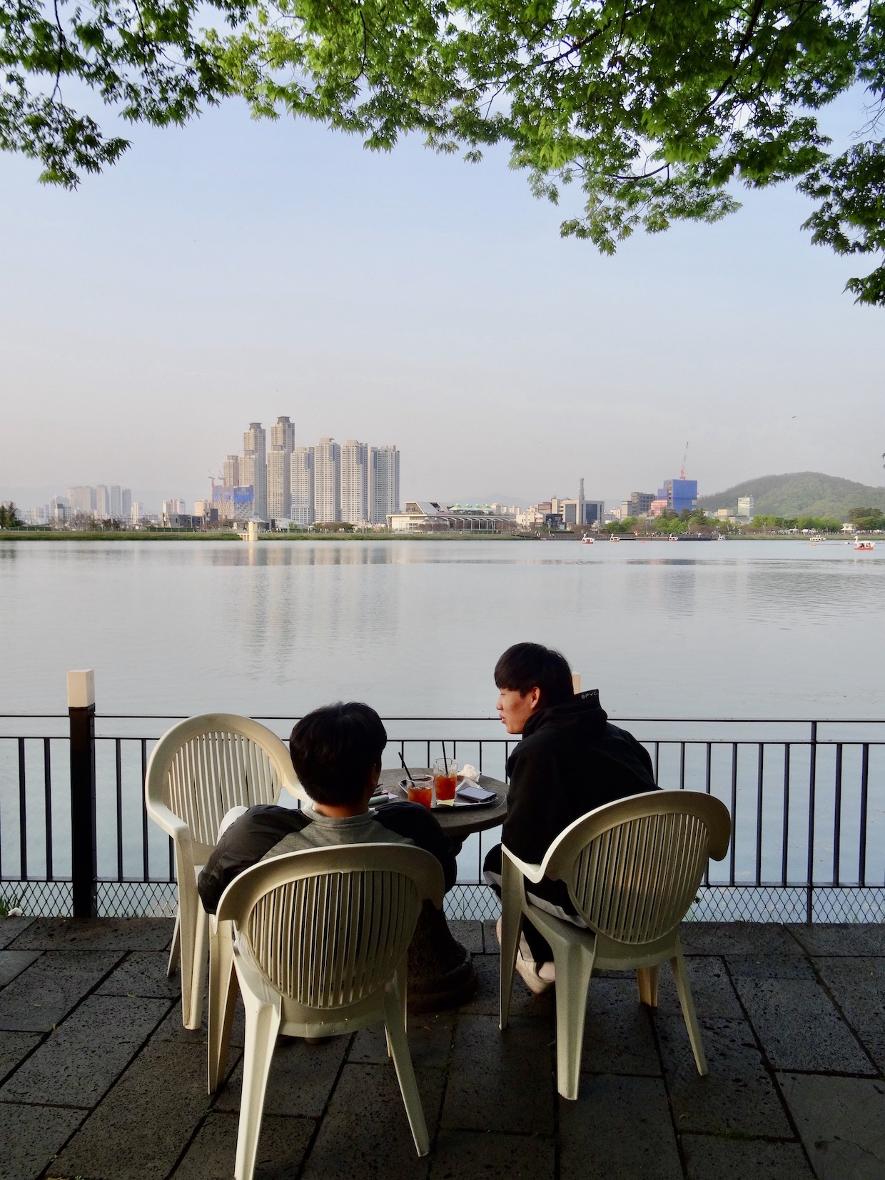 Beautiful Suseong Lake.