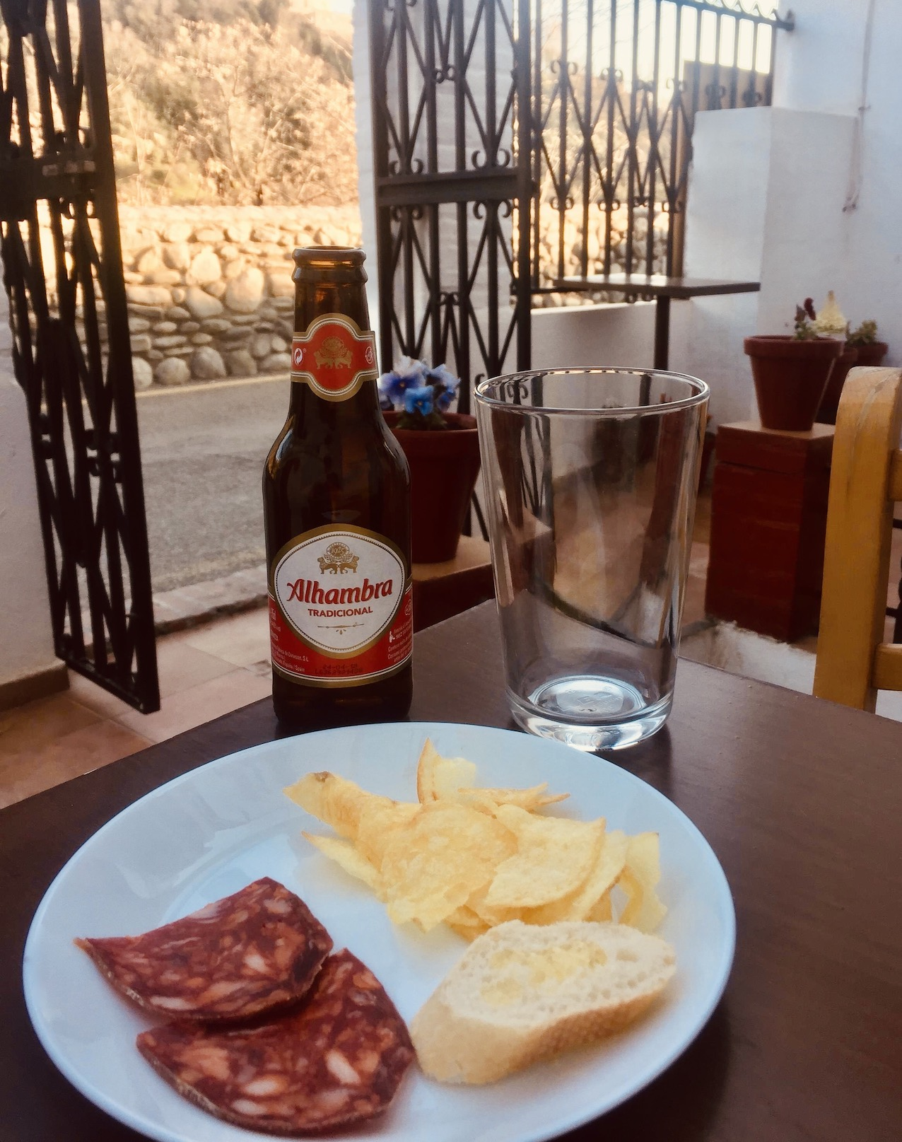 Tapas bar Sacromonte Granada.