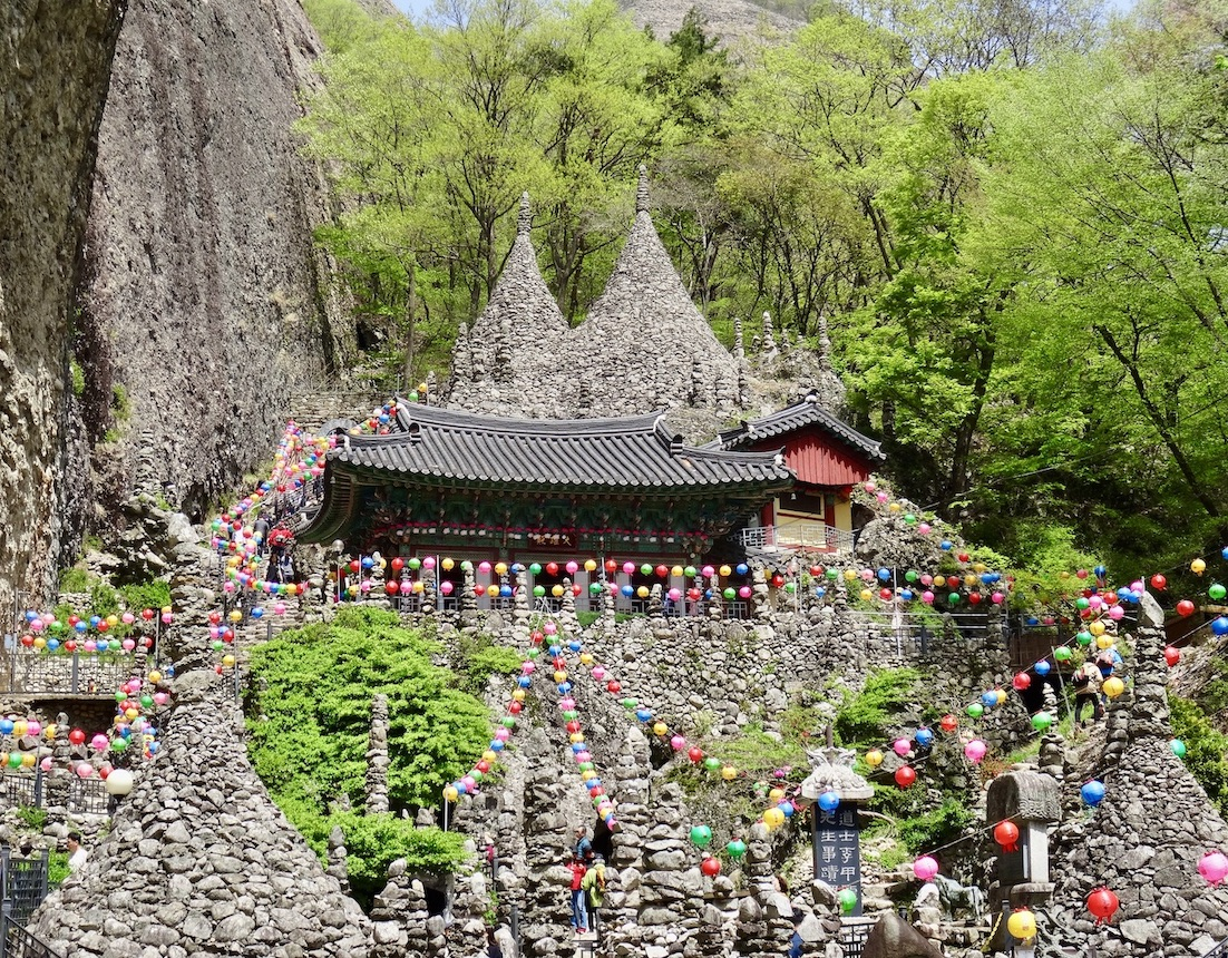 The amazing stone pagodas at Tapsa Temple