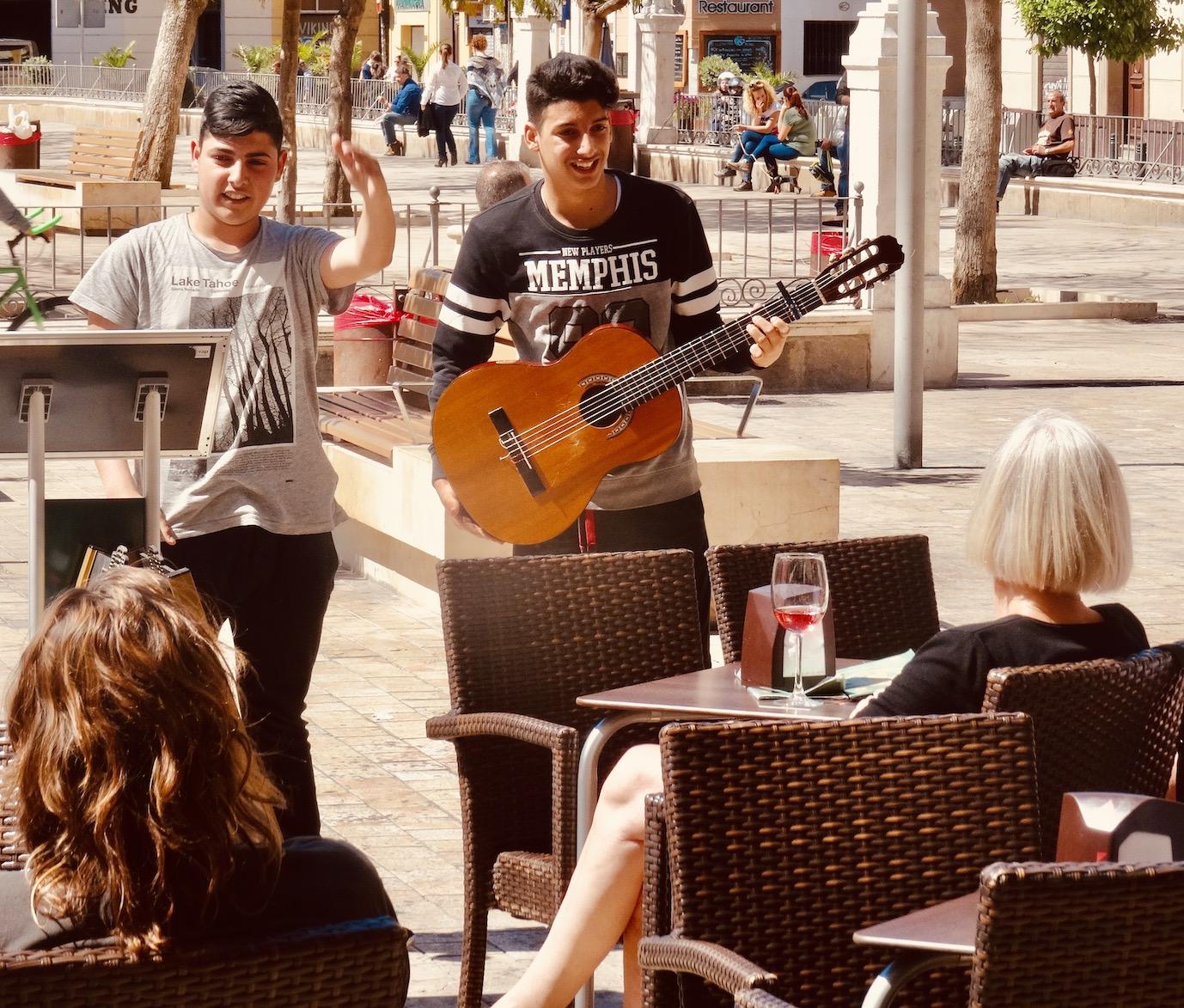 Buskers Plaza de la Merced Malaga.