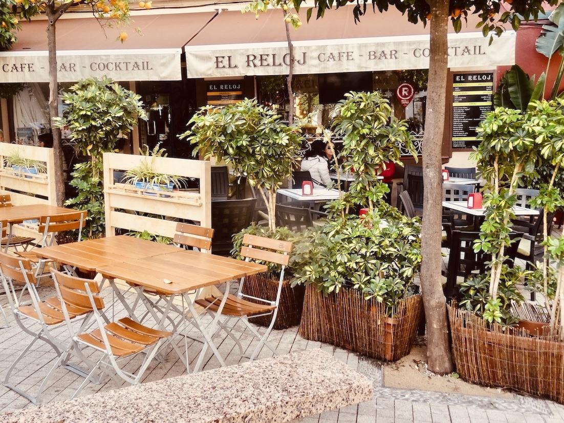 El Reloj Cafe Marbella.