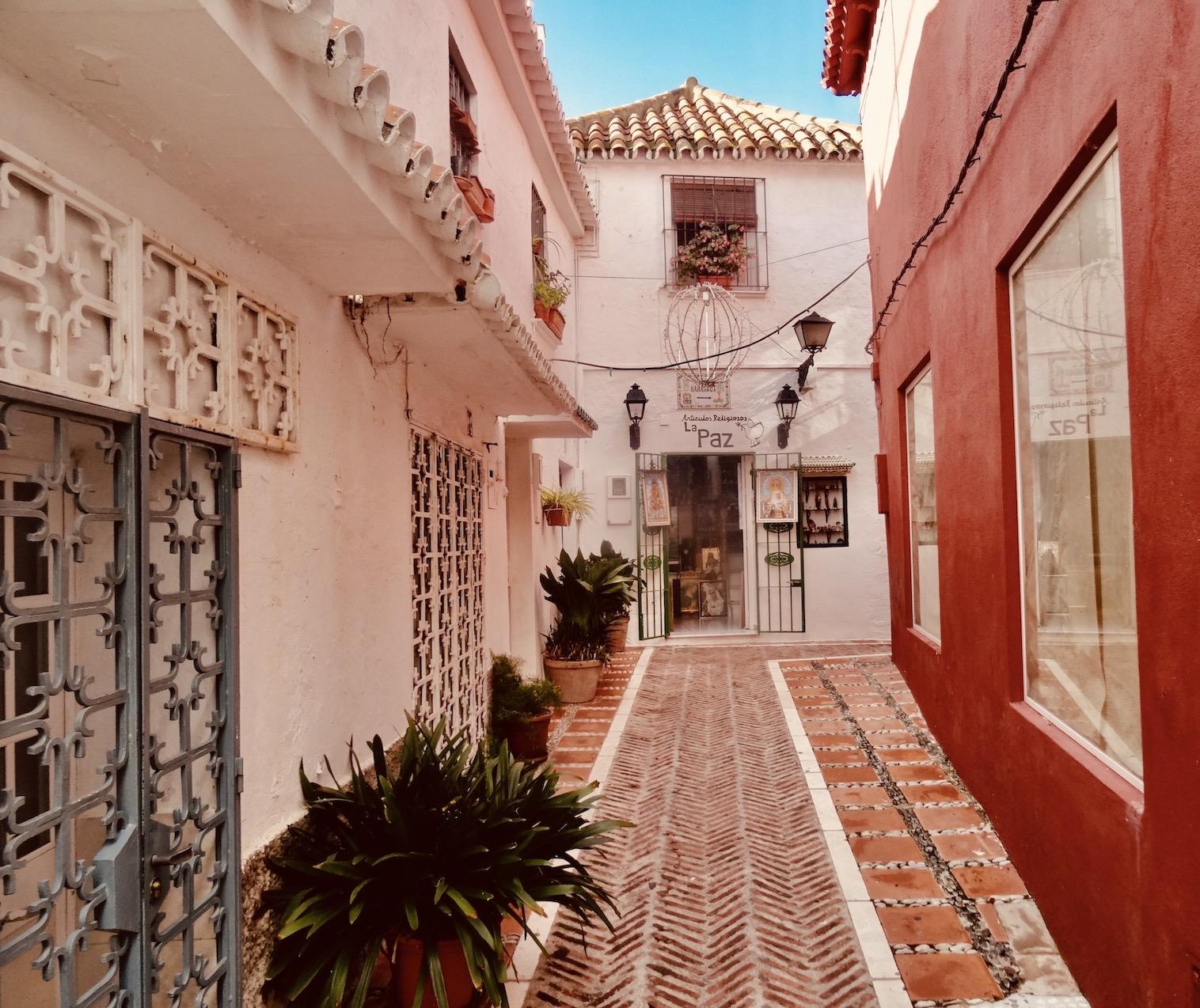 La Paz Religious Shop Marbella.