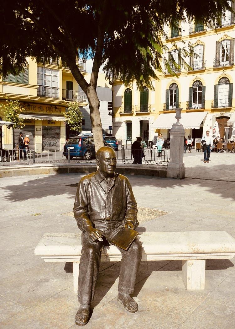 Statue of Picasso in Malaga.