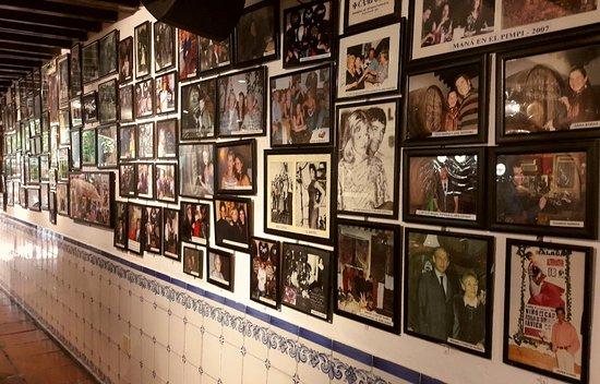 El Pimpi Wall of Fame Malaga.