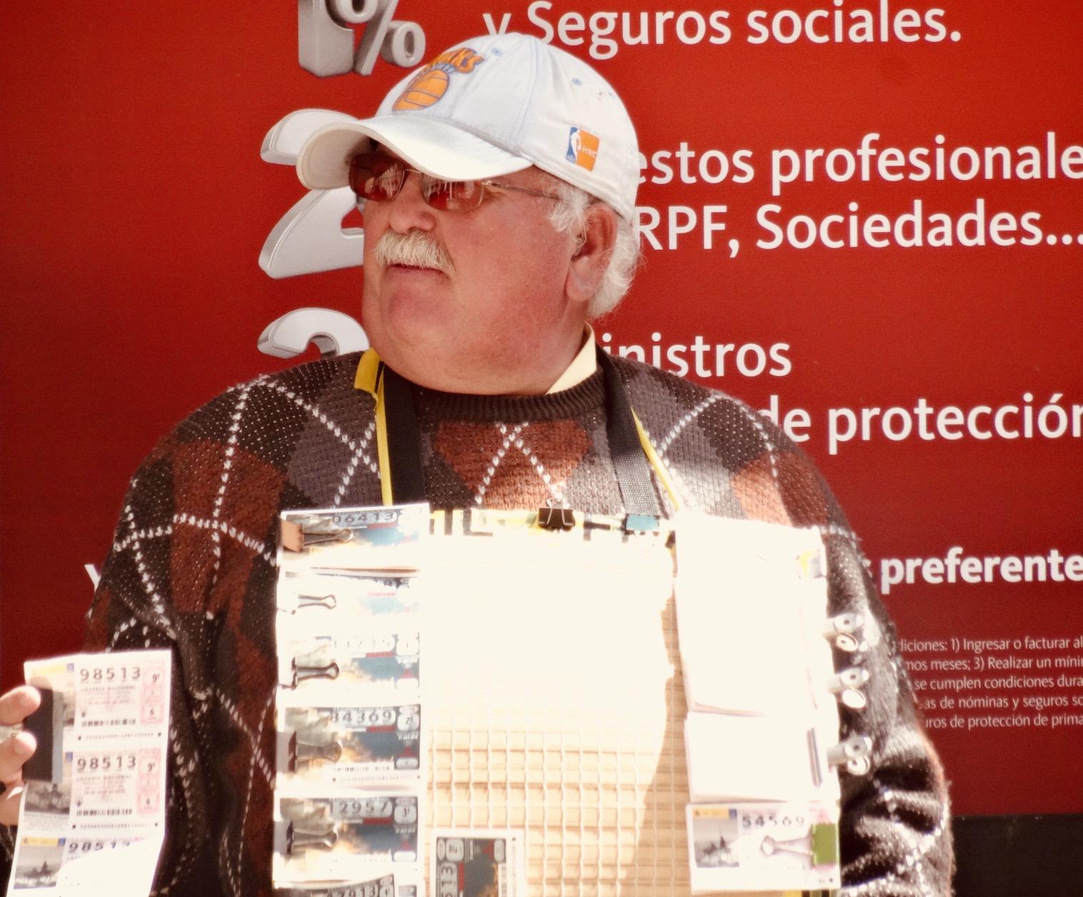 Lottery vendor Calle Marqués de Larios.