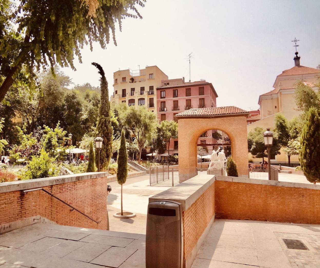 Plaza Del Dos De Mayo Madrid Spain