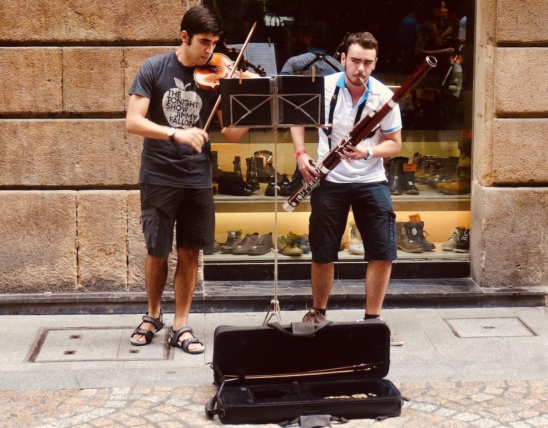 Street music Bilbao.