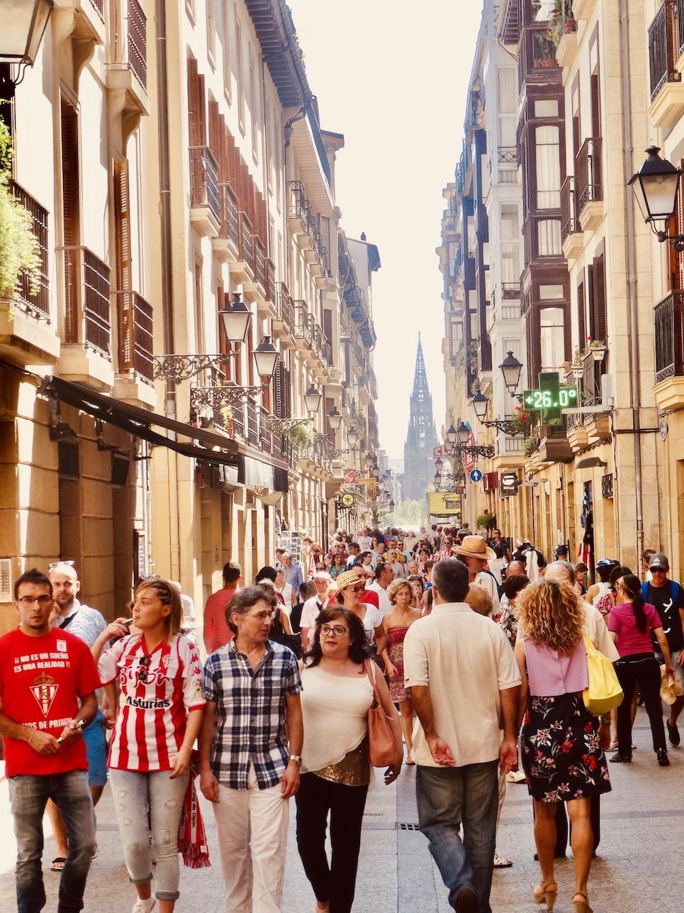 Calle Mayor San Sebastian.