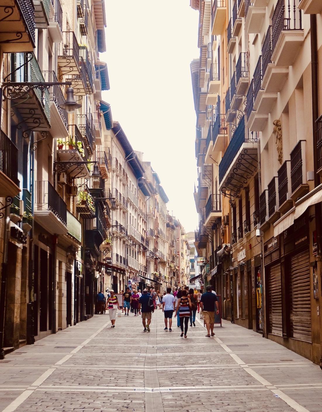 Calle de la Estafeta Pamplona.