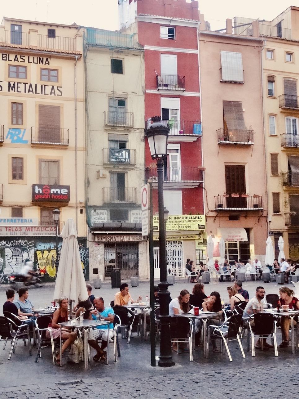 Plaza Del Doctor Callado Zaragoza.