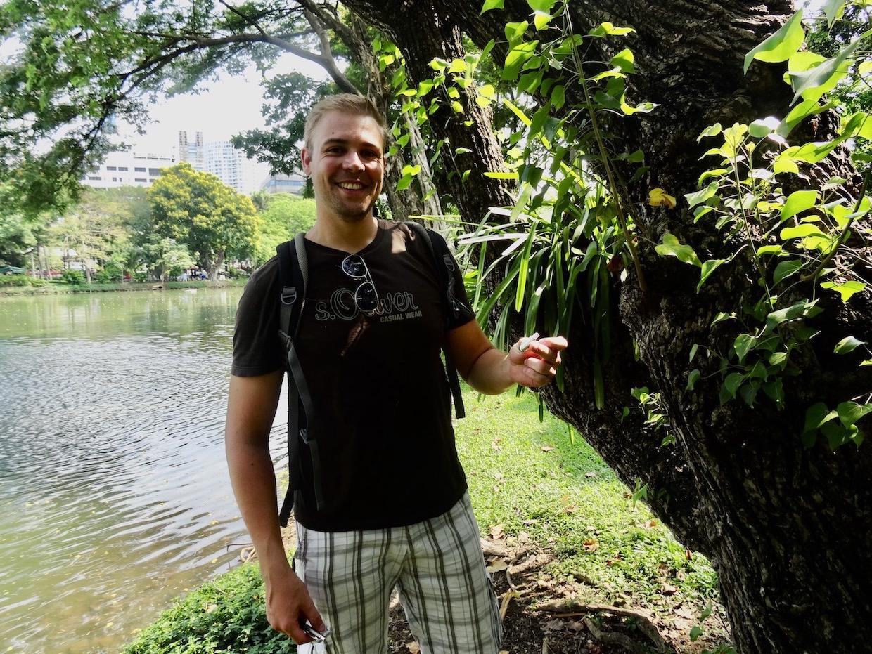Geocaching Lumphini Park Bangkok.
