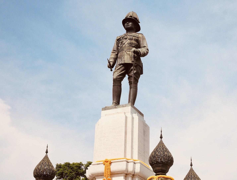 King Rama VI Statue Bangkok.