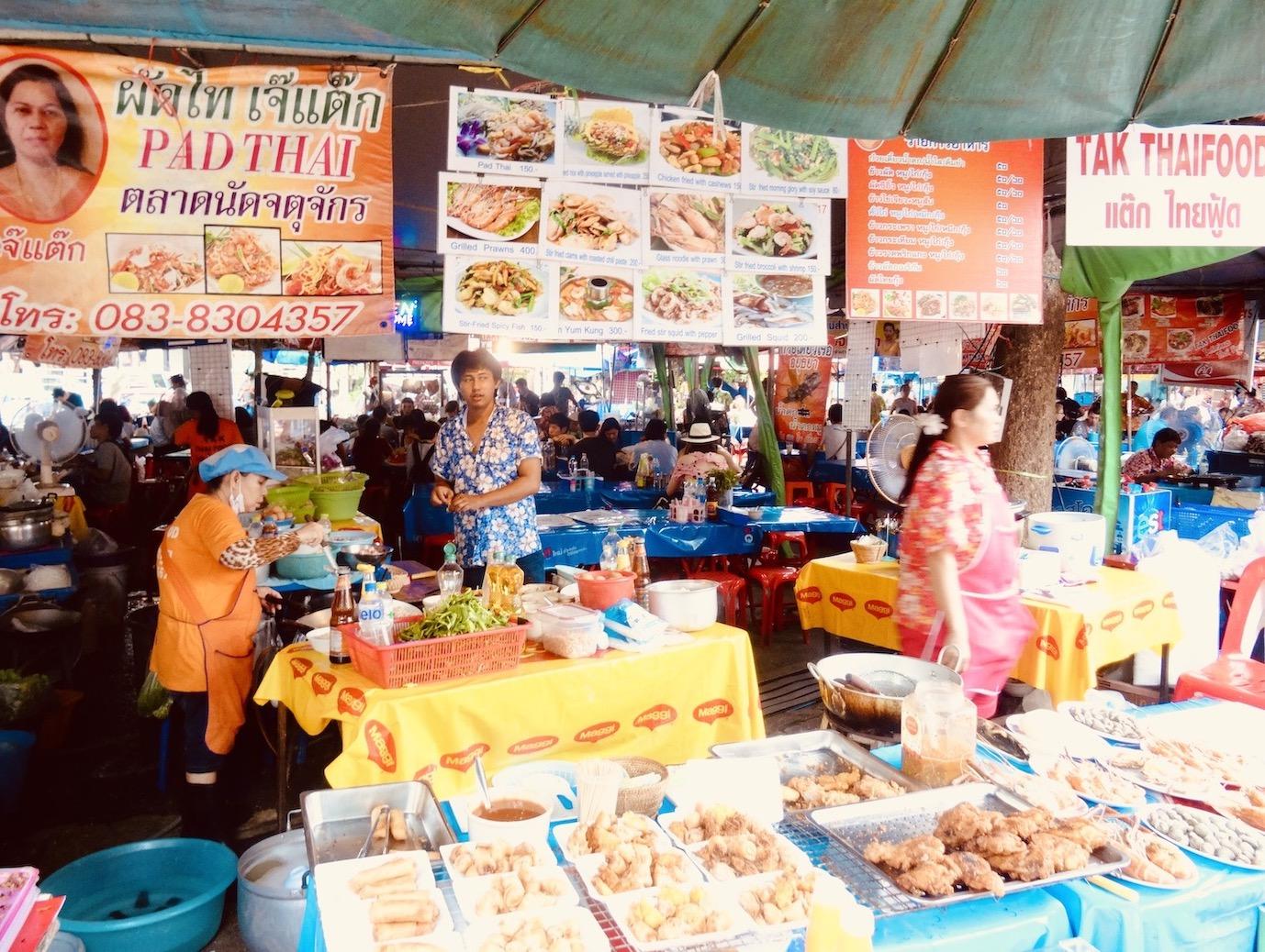Pad Thai Queen Chatuchak Weekend Market.