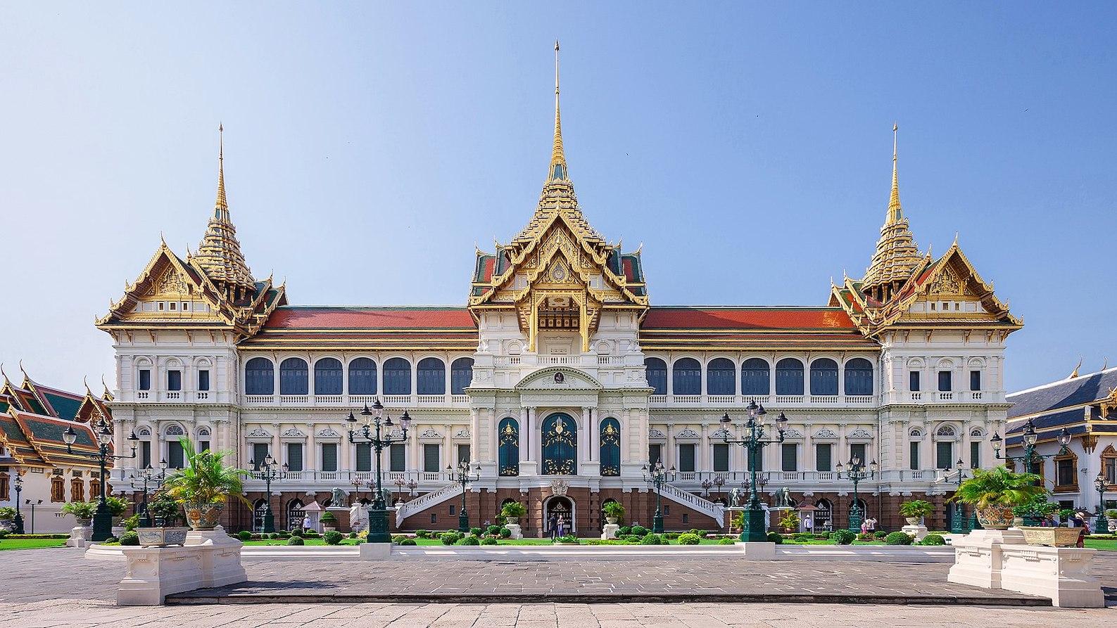 Phra Thinang Chakri Maha Prasat Grand Palace Bangkok.