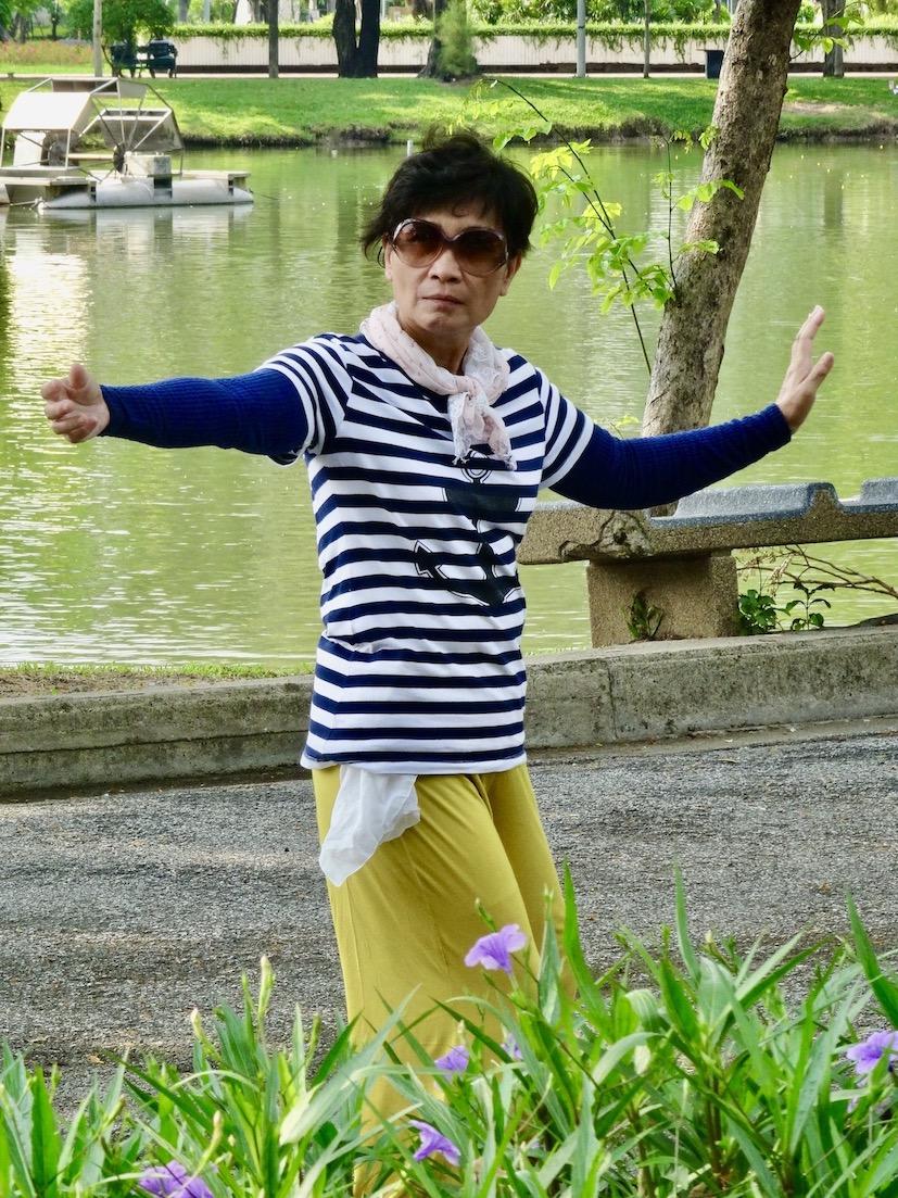 Tai chi in Lumphini Park Bangkok.