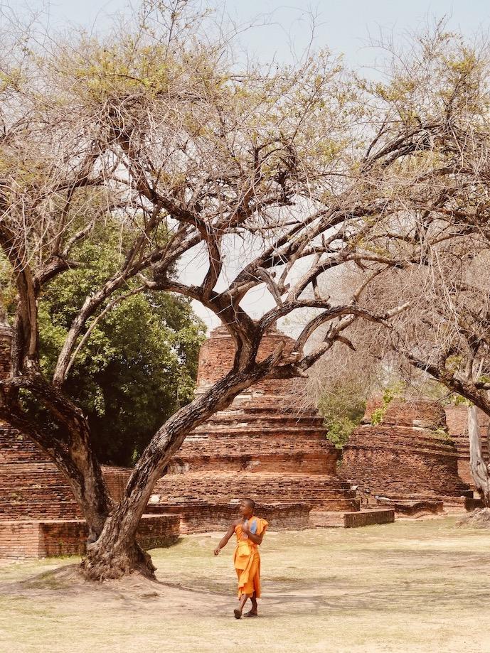 Buddhist monk Wat Phra Si Sanphet.