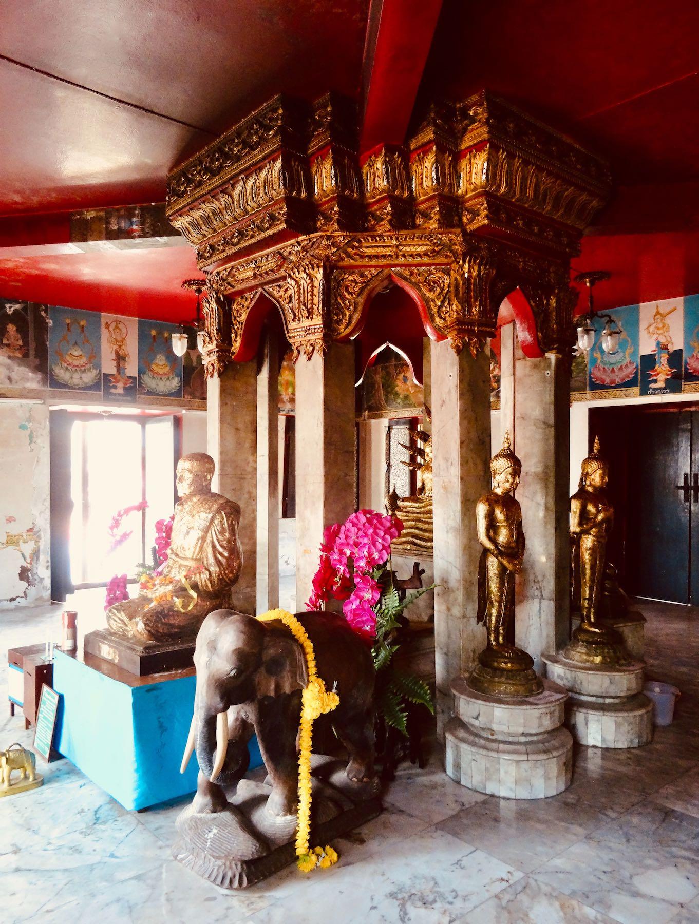 Buddhist shrine Wat Khao Bandai It.