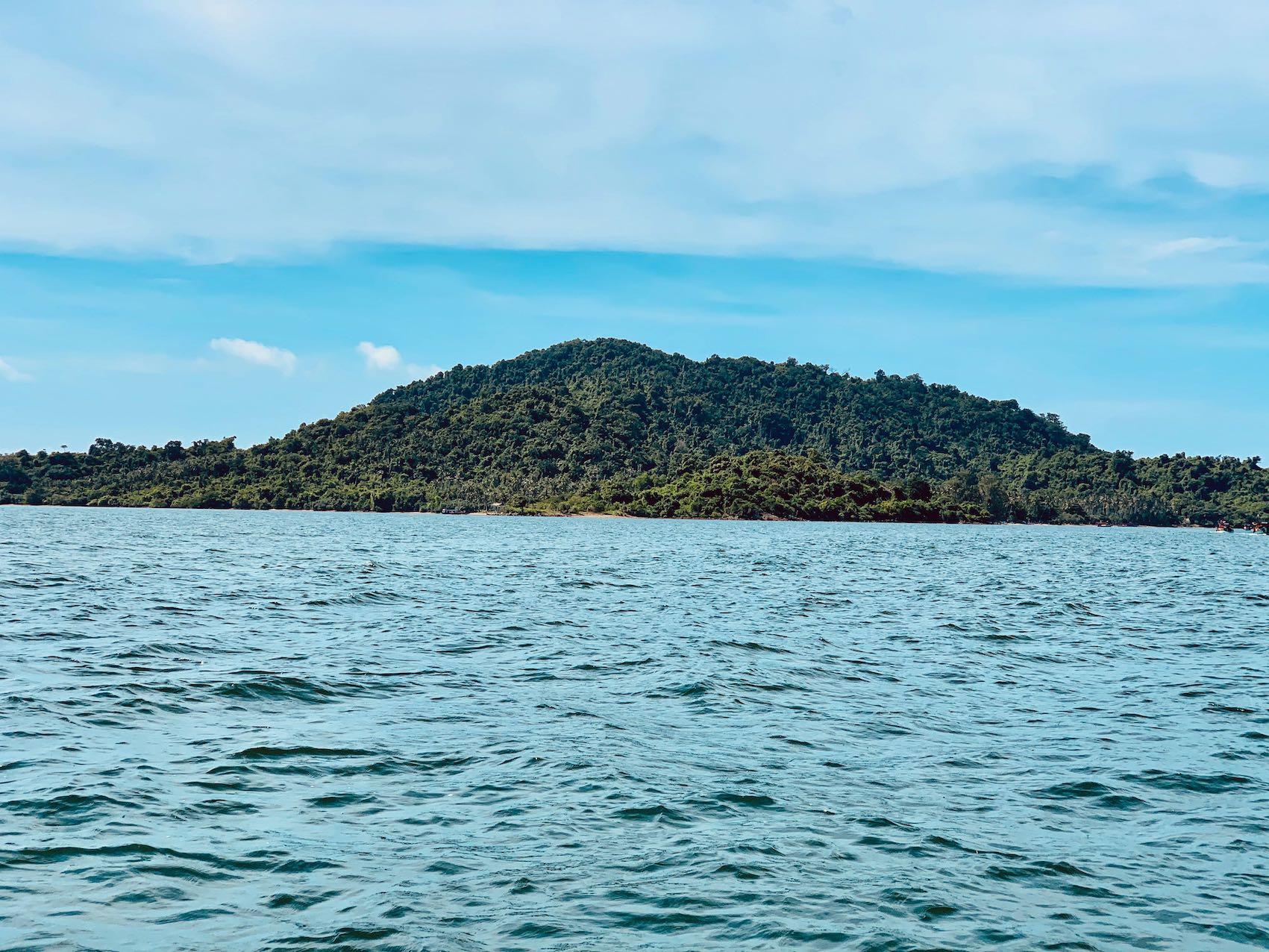 Koh Tonsay Rabbit Island.