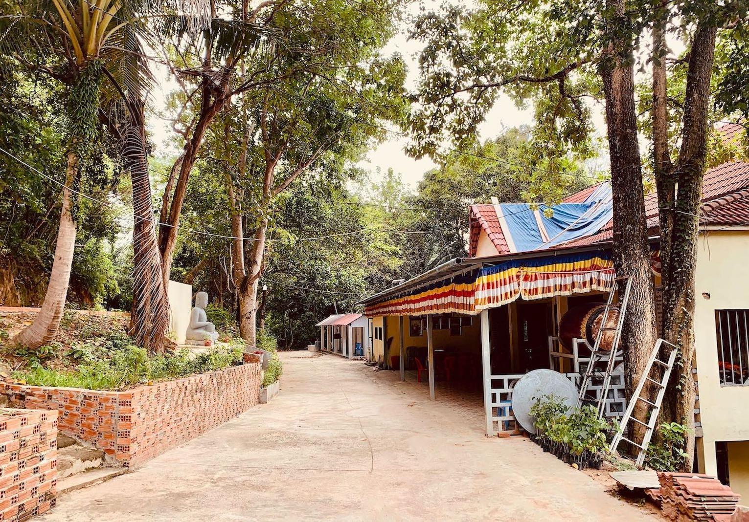 Samathi Pagoda.