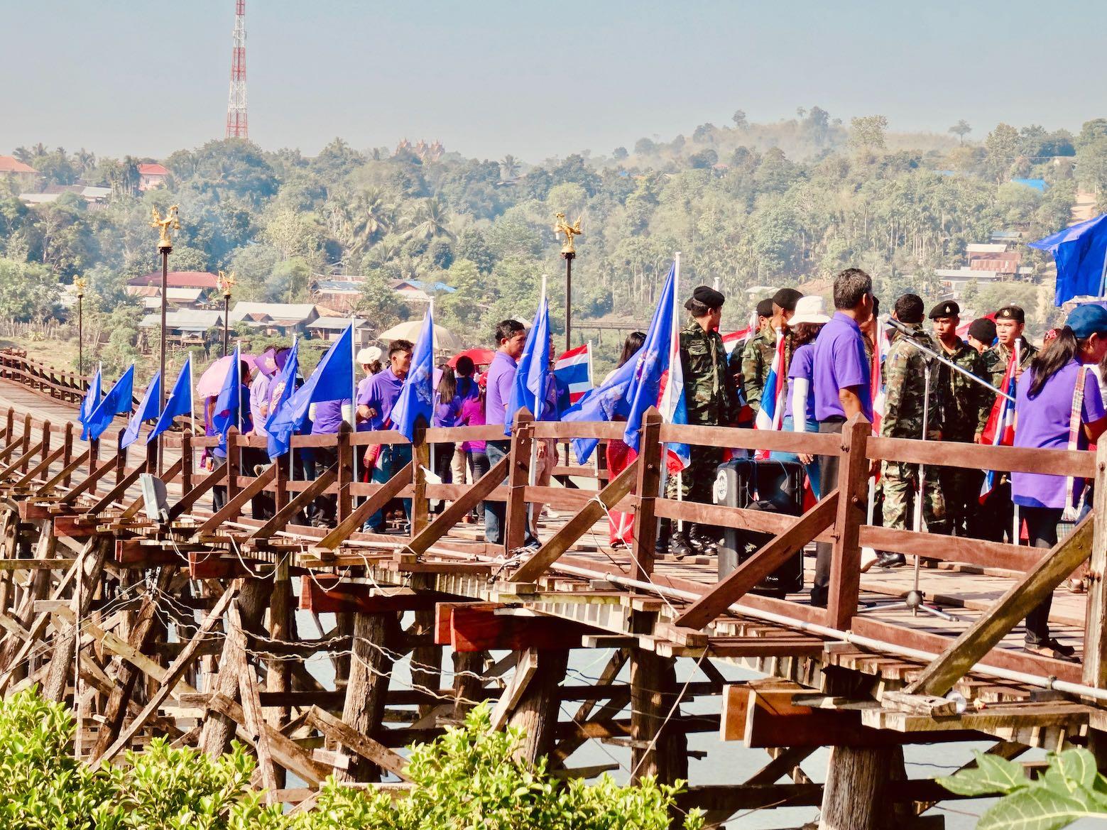 Saphan Mon Bridge.