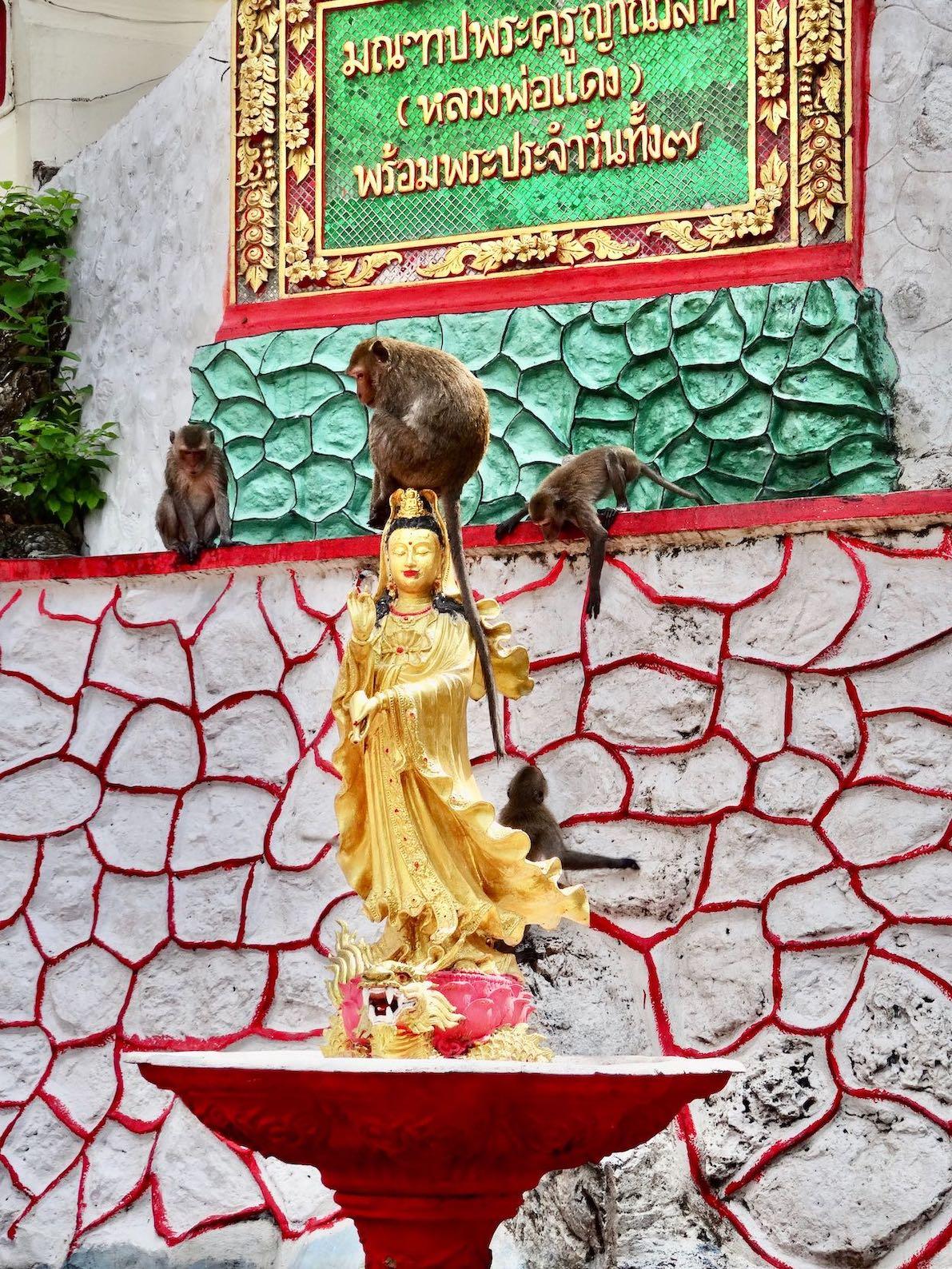 Wat Khao Bandai-It Phetchaburi Thailand