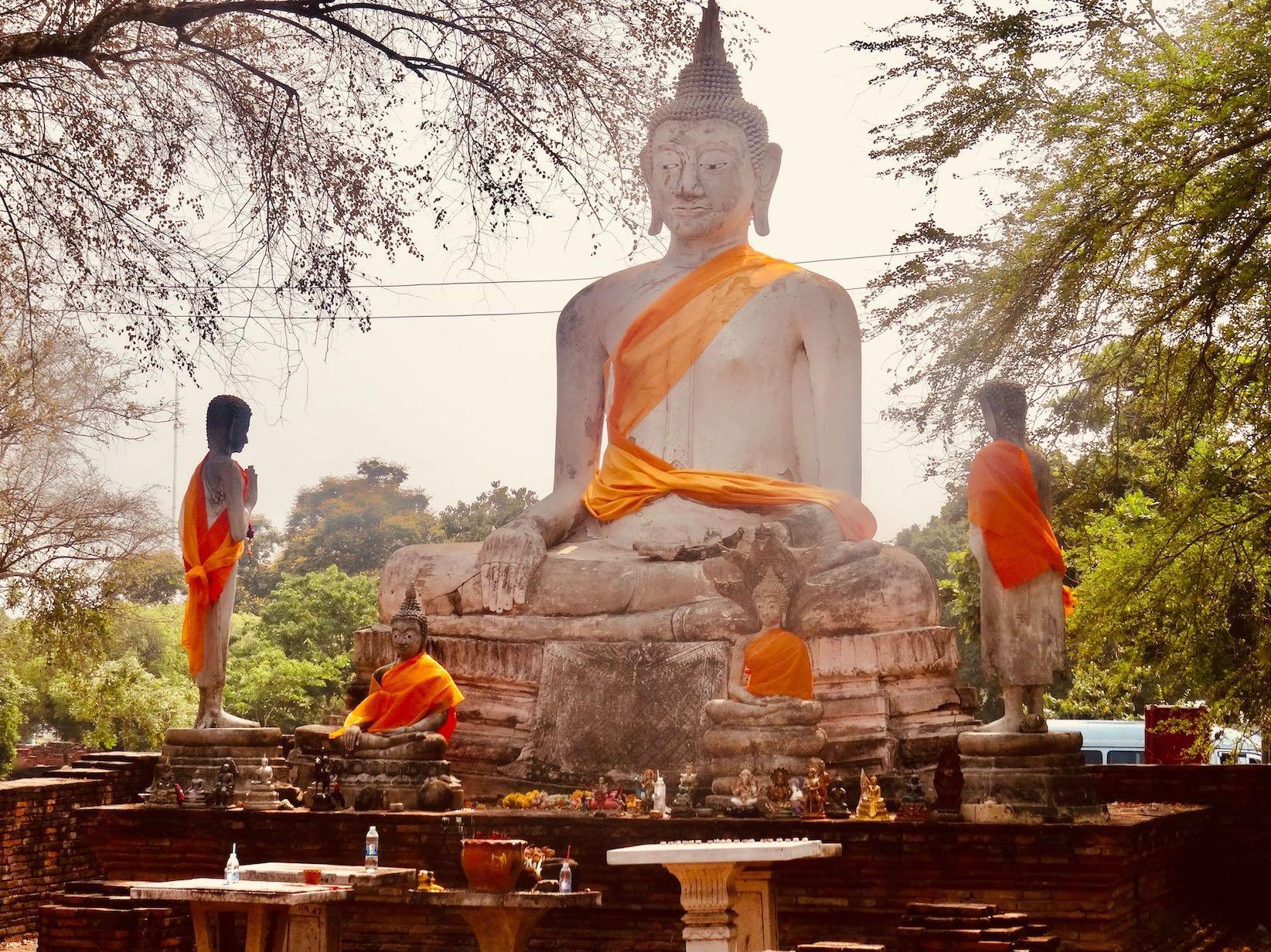 Wat Worapho Ayutthaya Historical Park.