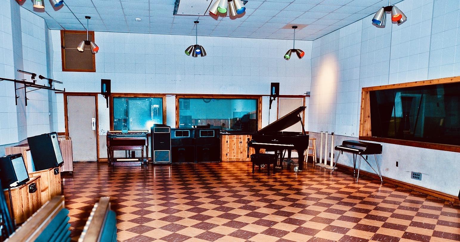 Nashville Nostalgia inside RCA Studio B.