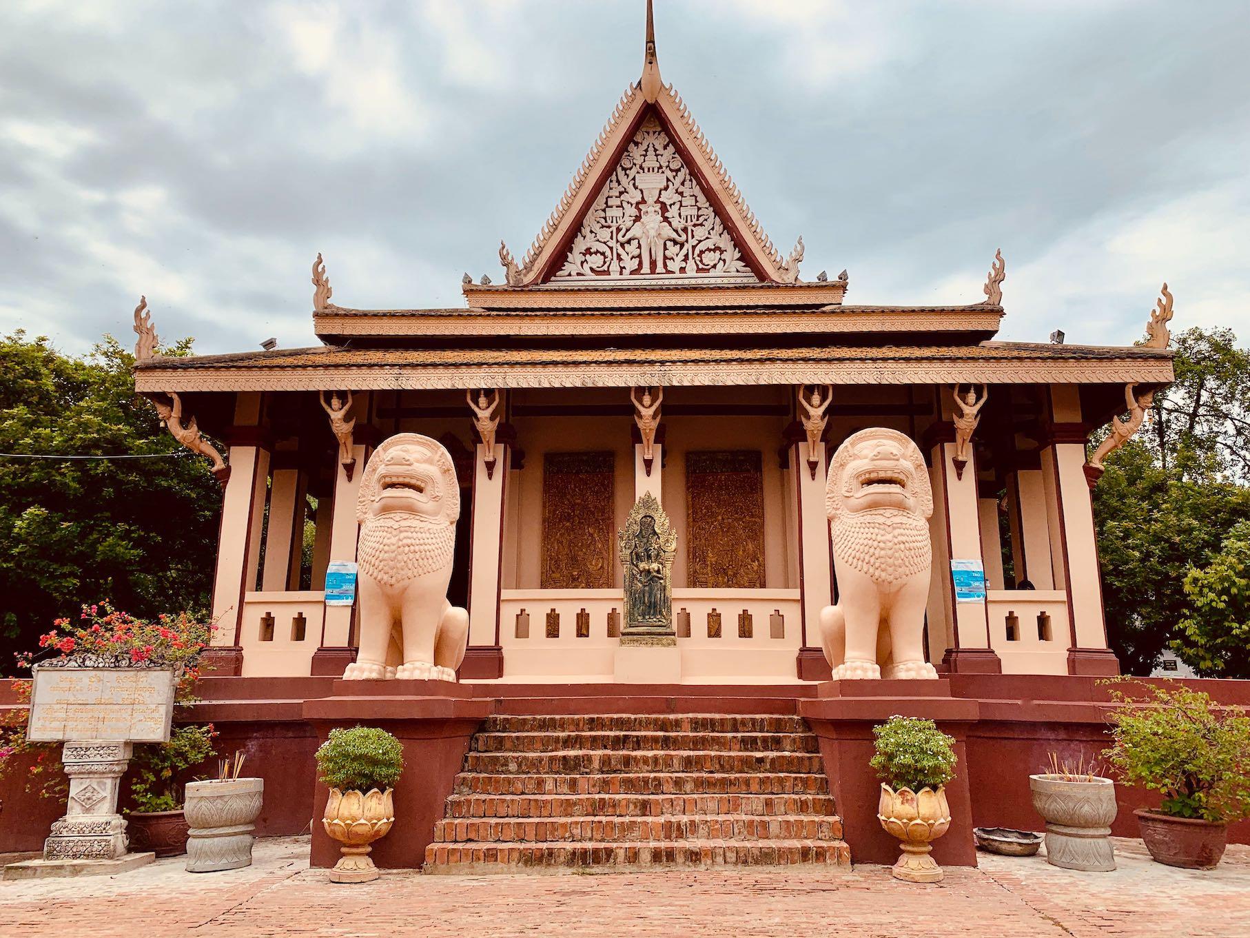 Wat Phnom Buddhist Temple.