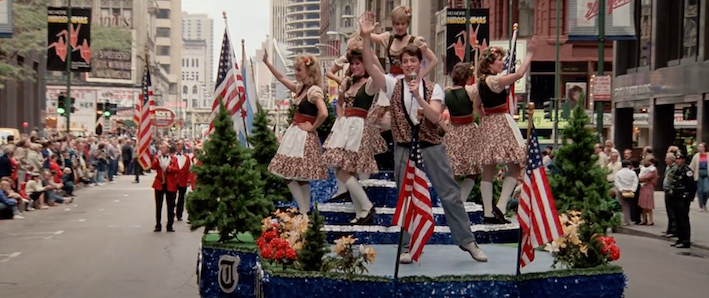 Chicago Nostalgia the Parade scene