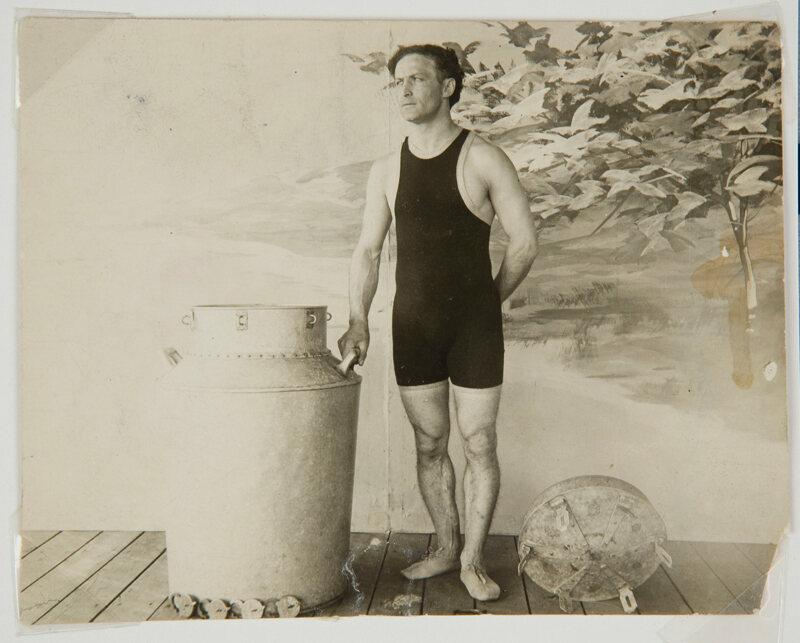 Harry Houdini the Milk Can Escape.