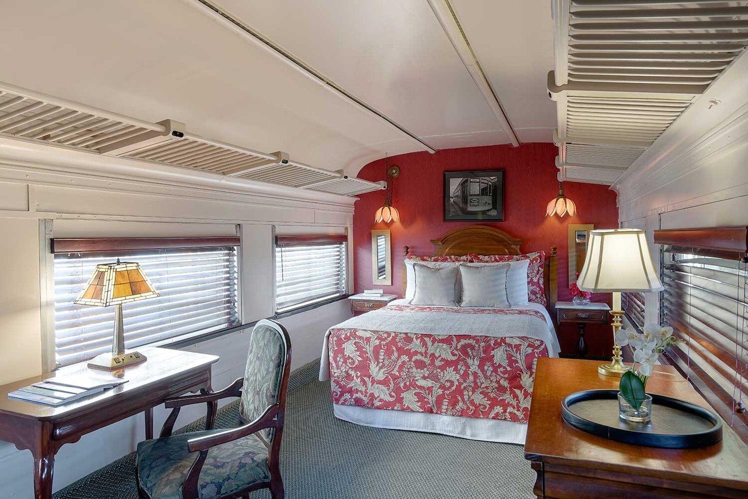 Pulman Train Car room Chattanooga Choo Choo Hotel.