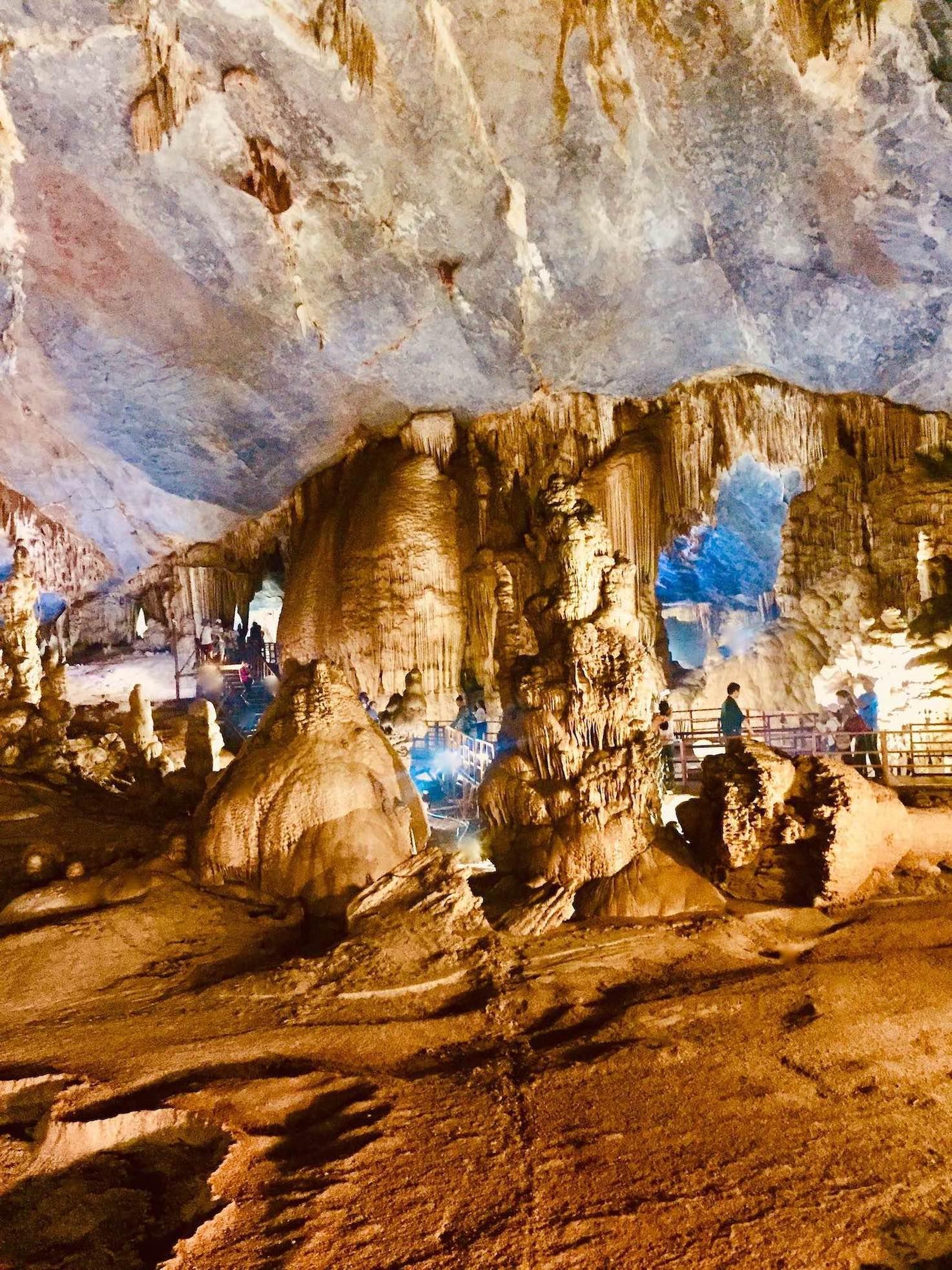 Paradise Cave Phong Nha-Ke Bang National Park