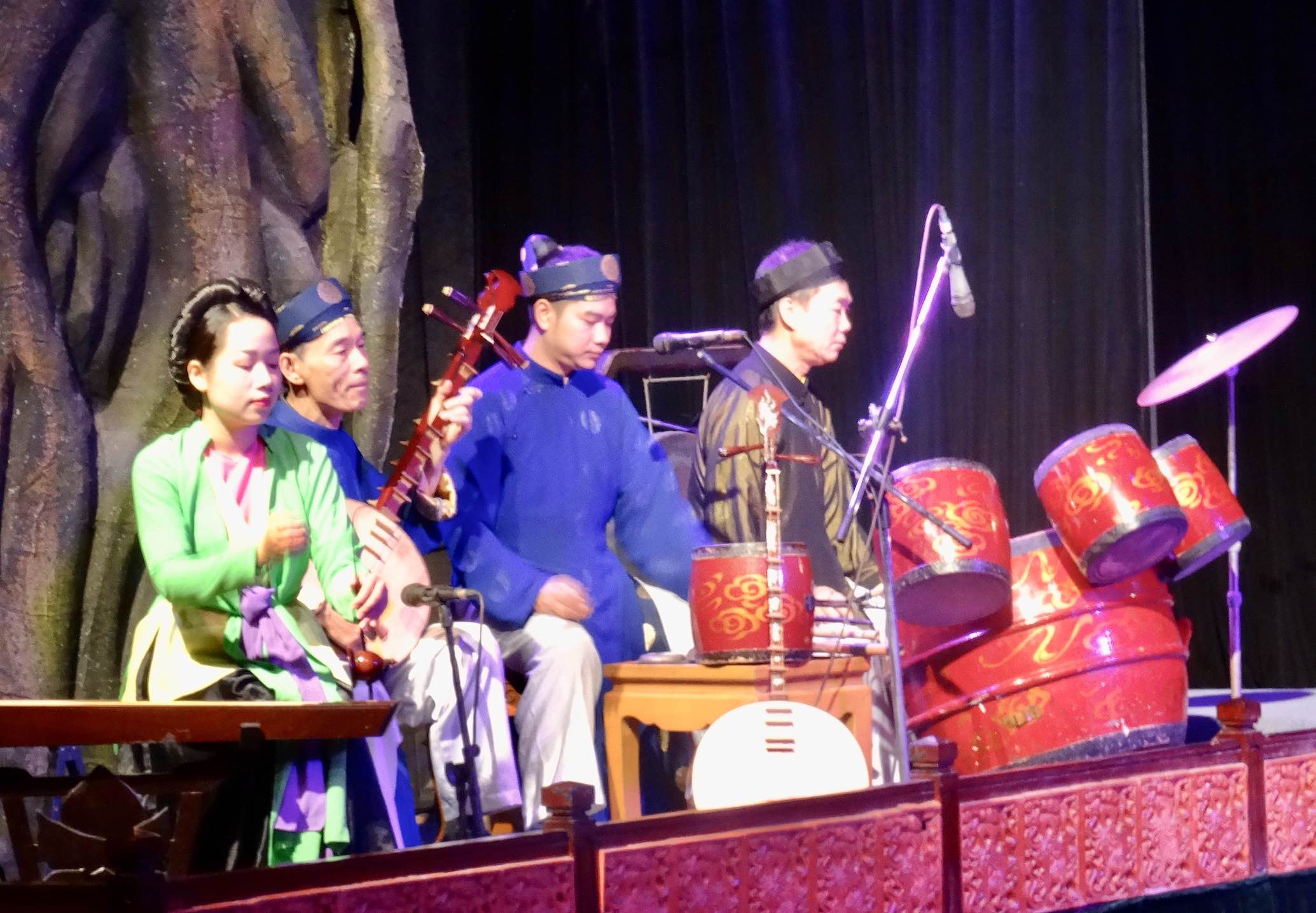 Traditional Vietnamese music Water Puppet Theatre