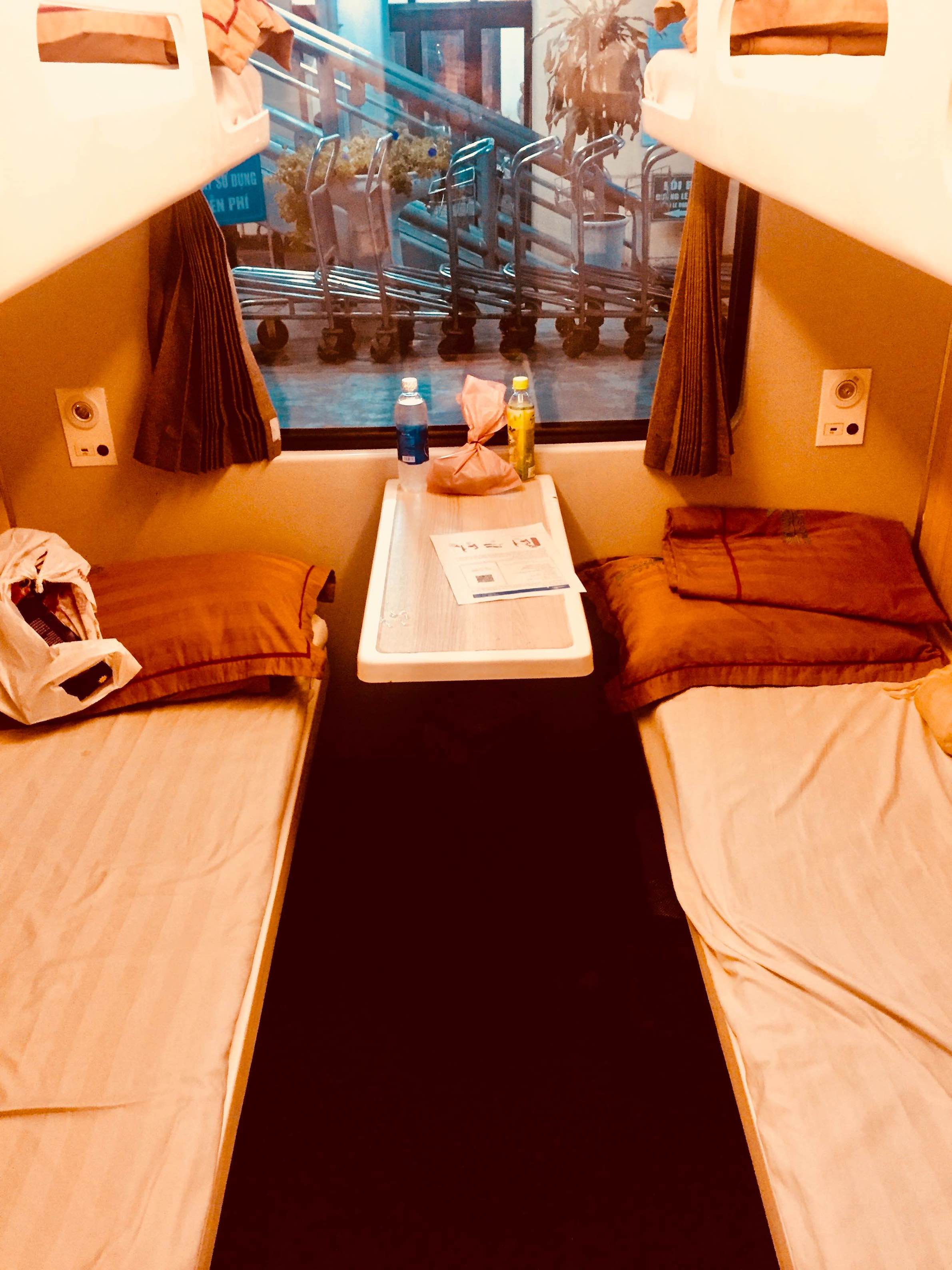 4 bed cabin Train from Hanoi to Dong Hoi.