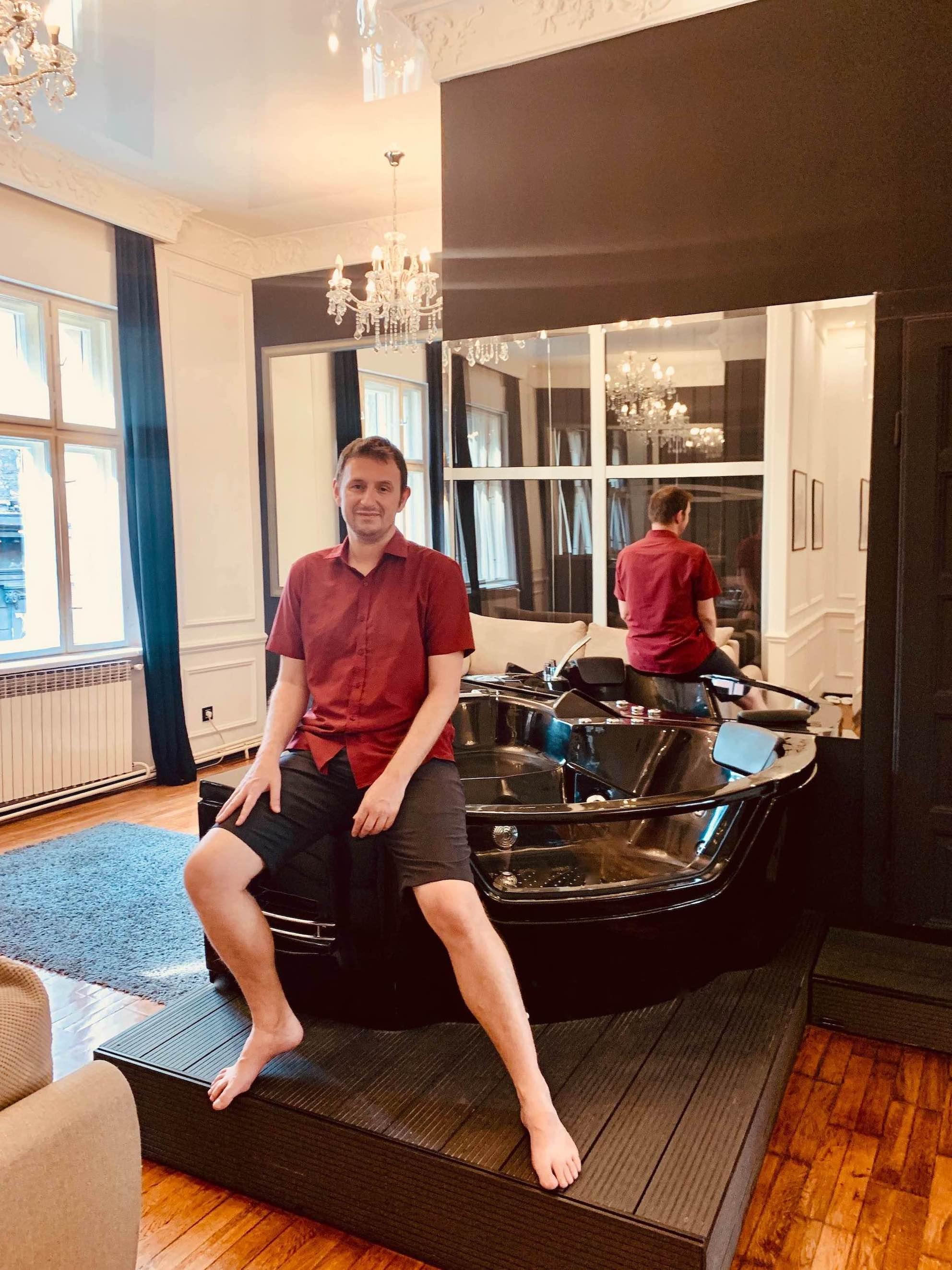 Hot Tub Ben Akiba Luxury Suites Belgrade