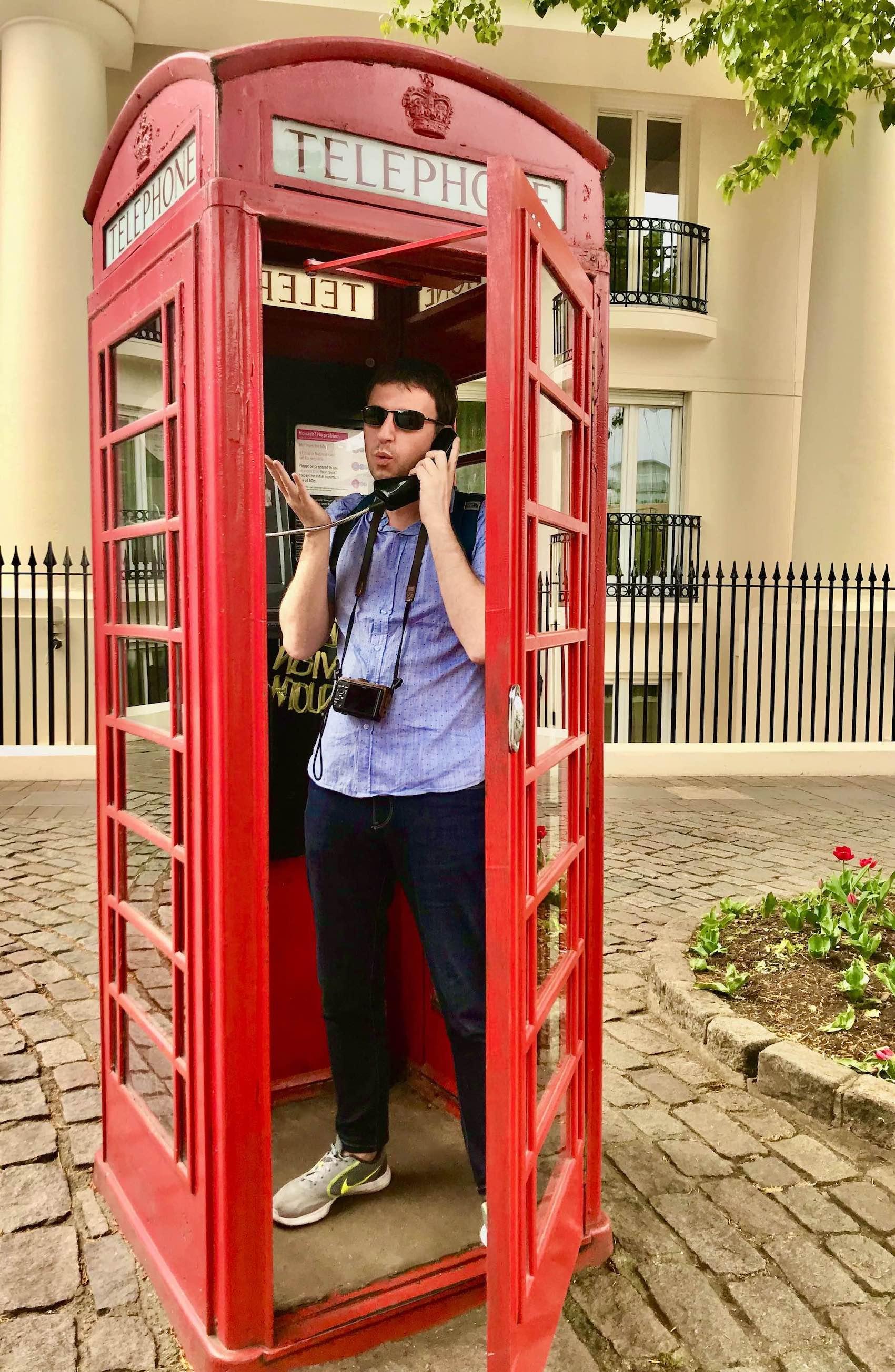 Visit London red telephone box.